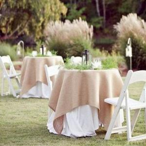 burlap tablecloth wedding